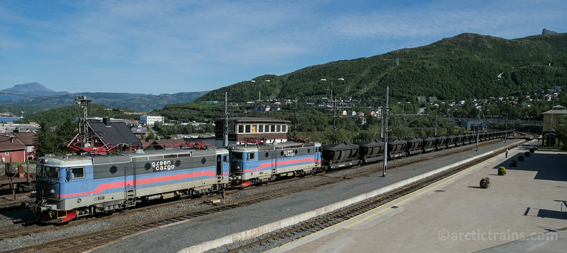 Green Cargo Rm 1257+1258, Northland Resources Fammrr 121s in train no 9172 at Narvik C 2014-09-09 Photo: Terje Storjord