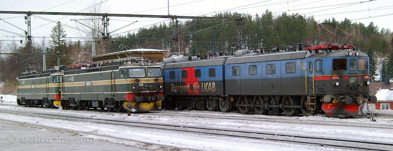 """LKAB El15 2194 Dm3 1217-1218 """"Hermelin"""" Narvik C  2003-02-11 by TS"""