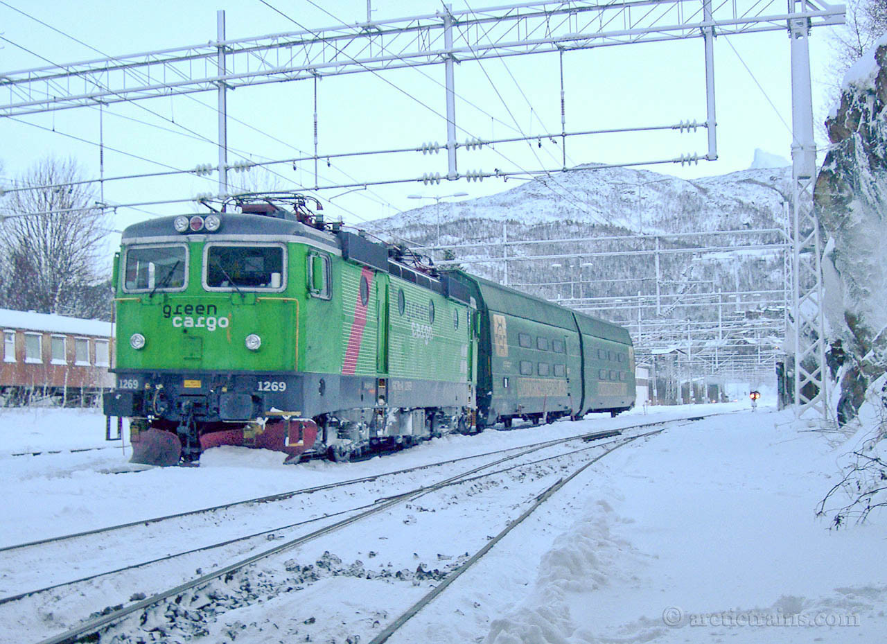 Green Cargo Rc4 1269 Arctic Rail Express Narvik C Derailed 2003-12-13 by Terje Storjord