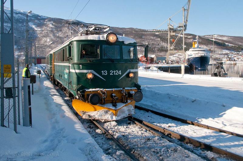 OBAS El 13 Narvik H Fagernesterminalen last charter service before bankrupcy 2010-03-25