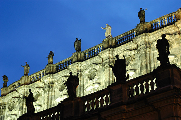 06 May 2004, Dresden, Germany --- Statues on Terrace Cathedral in Dresden --- Image by © Atlantide Phototravel/Corbis