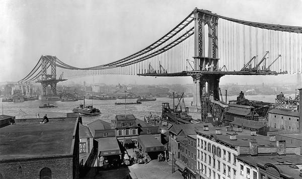 23 Mar 1909, Manhattan, New York City, New York State, USA --- Manhattan Bridge Under Construction. --- Image by © CORBIS