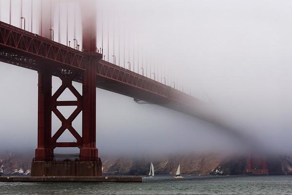Golden Gate Bridge in the mist, San Francisco, California, United States of America, North America