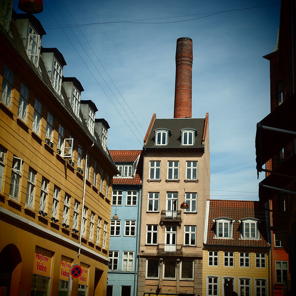 Chimney.<br /> Store Regnegade set mod Gothergade, København, Danmark.