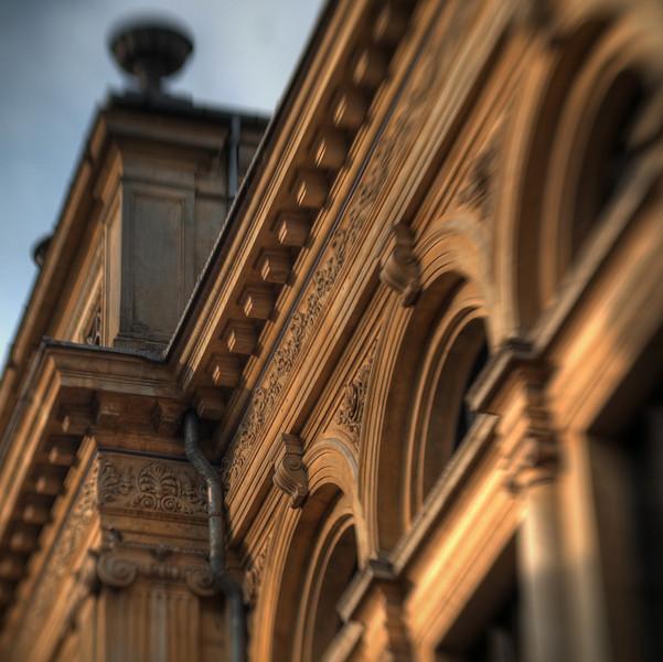 Gold House.<br /> Det Kgl. Teater set fra August Bournonvilles Passage, København, Danmark.