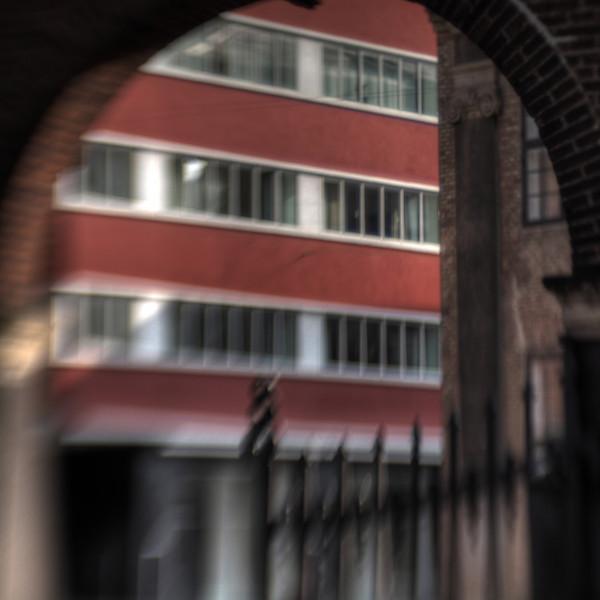 Hotel Skt. Petri<br /> set fra Skt. Petri kirkegård, Nørregade, København, Danmark.