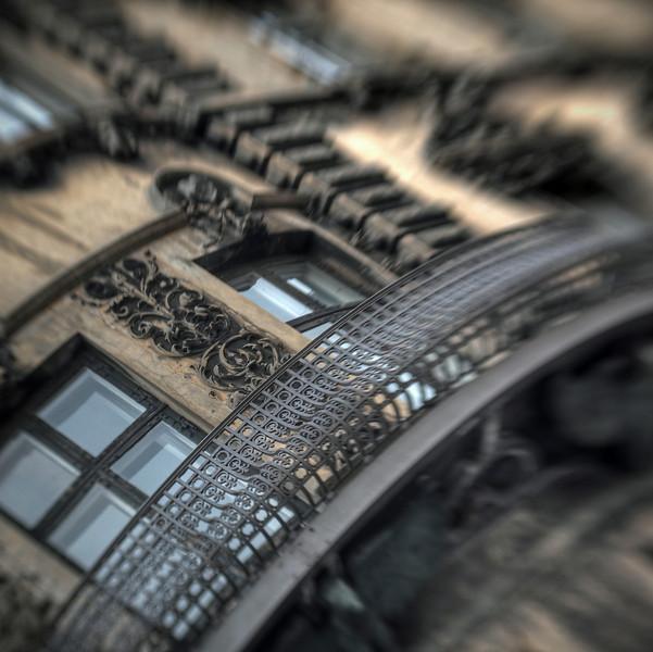 Embroidery.<br /> Balkon i August Bournonvilles Passage, København, Danmark.