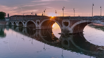 Golden Hour of Pont Neuf
