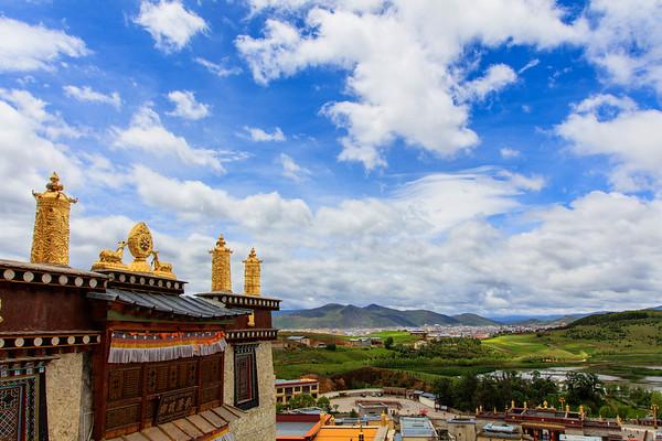 Lost Heaven 3380m, Ganden Sumtseling Monastery, Shangri-la, China