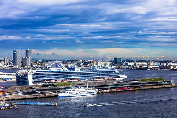 Diamond Princess, Yokohama Harbor