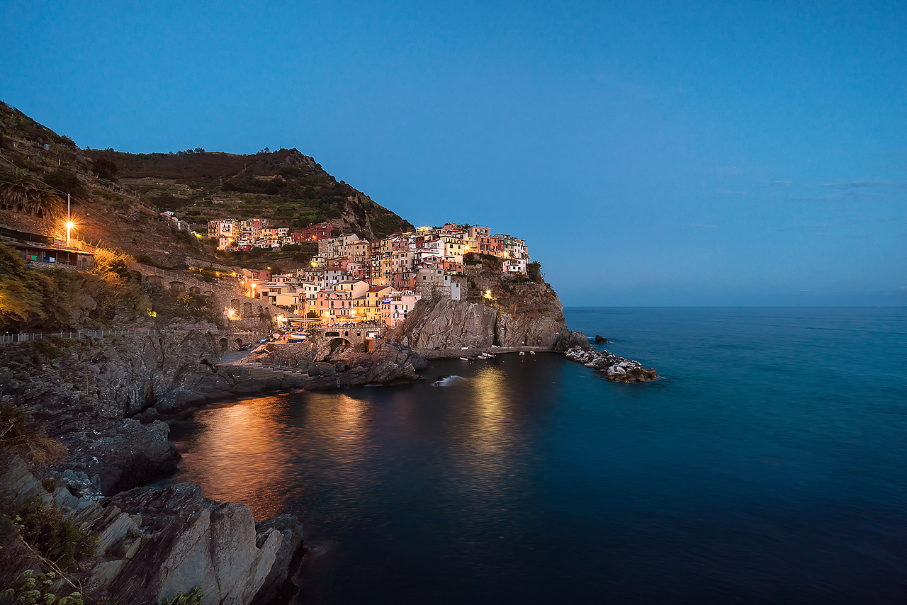 Manarola, Italy, cinque terre, blue hour, sky, water, sunset, village, lights, long exposure, hdr