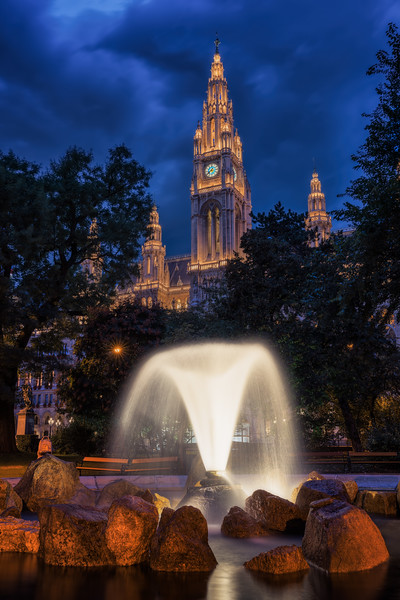 Rathaus at blue hour