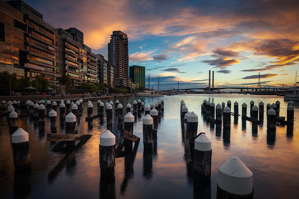 Shimmering at the Docks || Melbourne