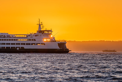 Puyallup Ferry Eclipsing the Sun