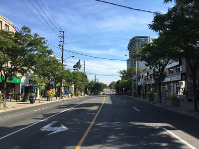 Dundas Street West at Burnhamthorpe