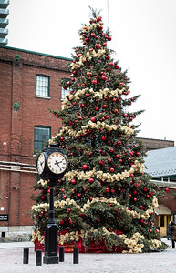 The Distillery District, Post-Christmas
