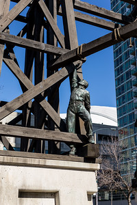 """Memorial to Commemorate the Chinese Railroad Workers in Canada"""