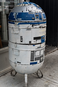 A Battle-weary R2D2