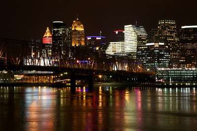 Cincinnati Ohio Dowtown View At night