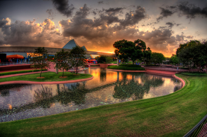 Epcot Center - Walt Disney World - Sunset in Imagination Gardens
