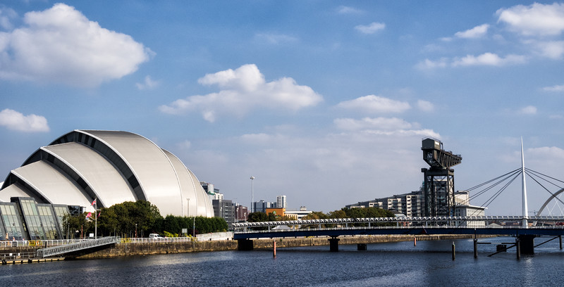 """River Clyde and """"Armadillo"""" concert venue"""