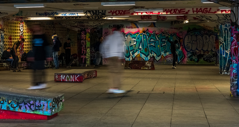 More skateboard action