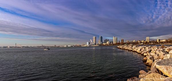 Early Morning Milwaukee Skyline [20191205 ]