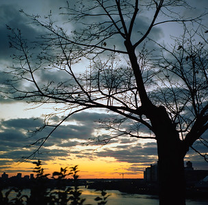 Sunset on the Ottawa from Major's Hill Park