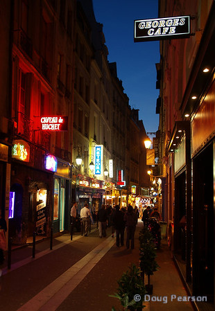 Street scene in Paris 2