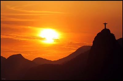 Christ the Redeemer statue, sunset