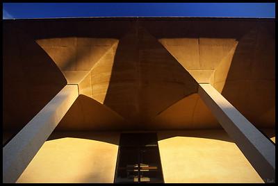 J. Henry Meyer Memorial Library, Sunset