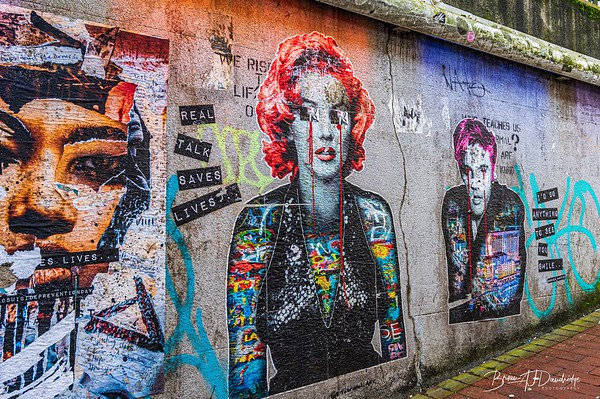Posters & Graffiti