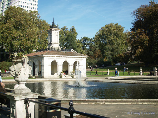 Fountain at one end of The Long Water in Kensington Gardens, London, UK