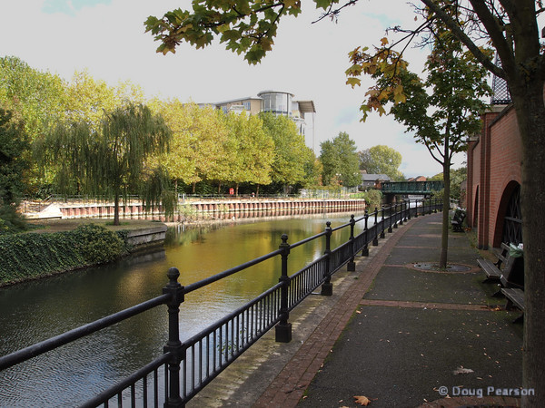 Walkways along the Kennet River, Reading, UK