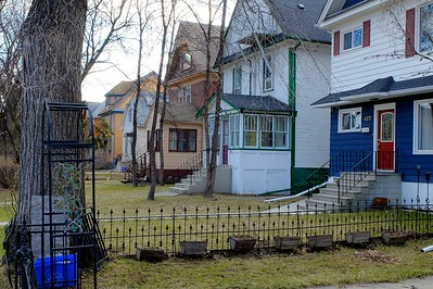 A colourful row of houses in Osborne Village.