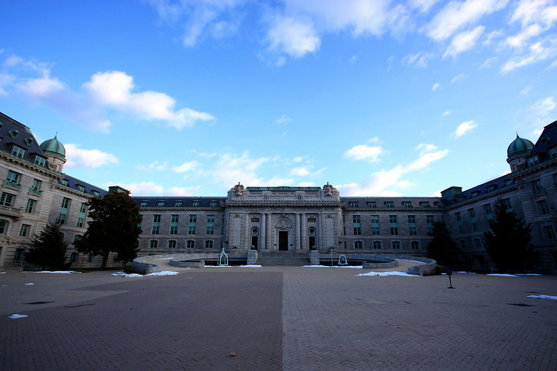 U.S. Naval Academy - Bancroft Hall Courtyard