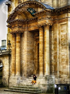 A student reading at Oxford University
