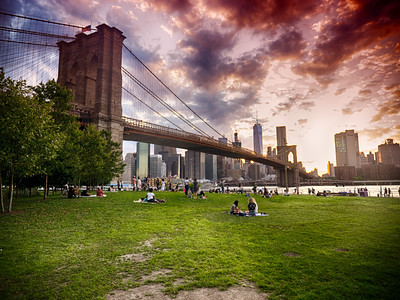 Summer evening in Brooklyn Bridge Park