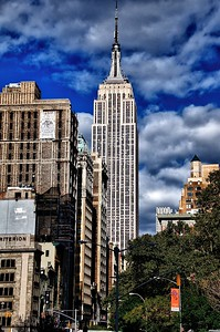 Empire State Building in Contrast