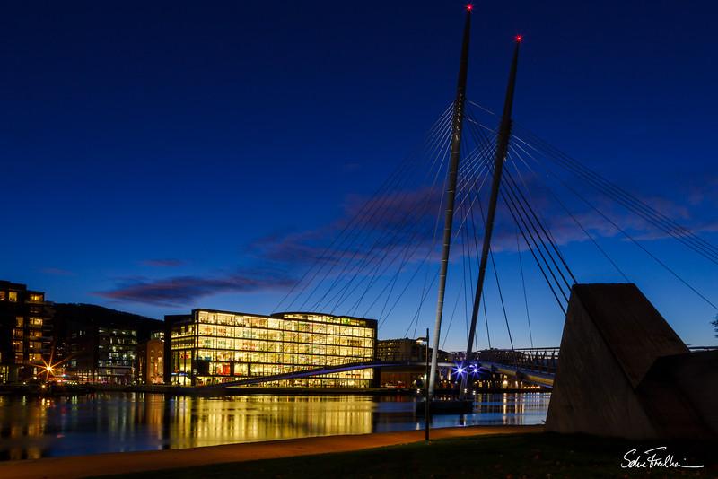 Ypsilon Bridge at twilight