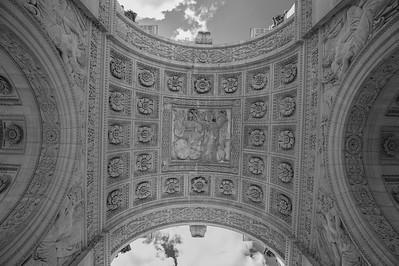 Arc de Triomphe du Carrousel - looking up
