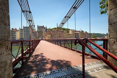 A travers la Saône, vers Vieux Lyon