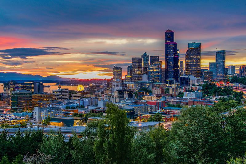 Scenic Seattle Sunset