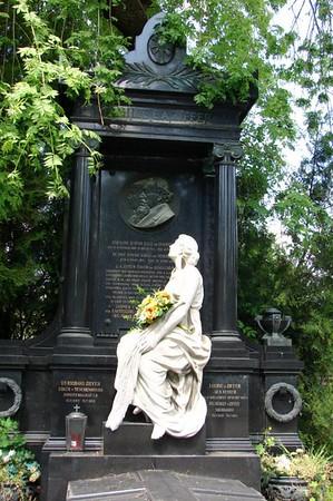 Dag 7: Wenen Friedhof