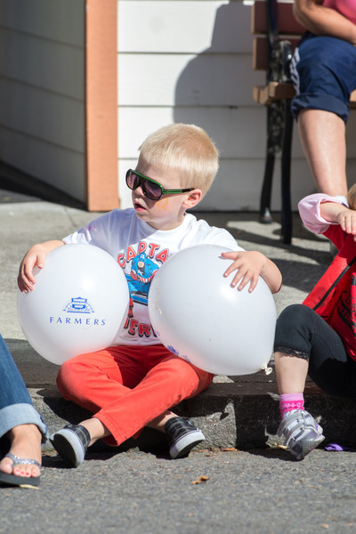 131005-Orting_Red_Hat_Days_2013-77