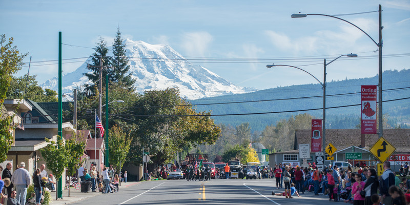 131005-Orting_Red_Hat_Days_2013-84