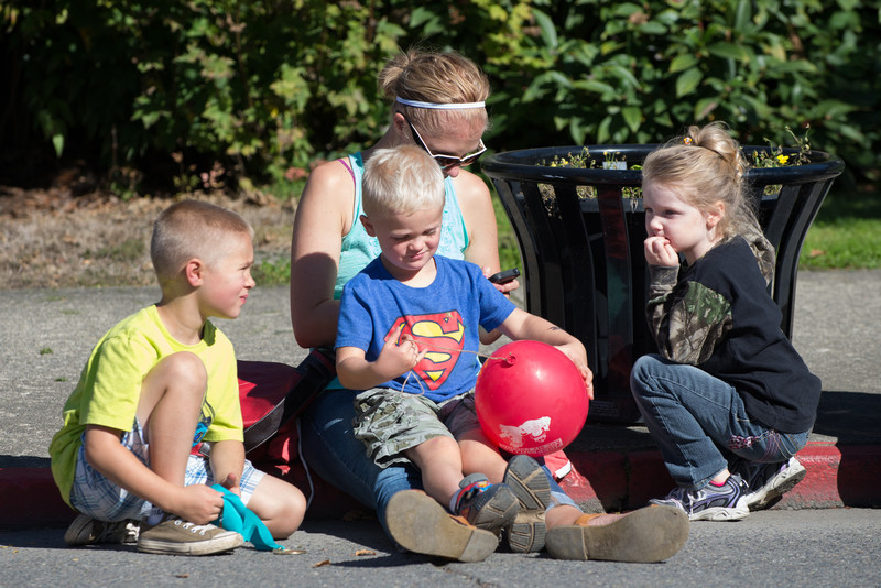 131005-Orting_Red_Hat_Days_2013-82