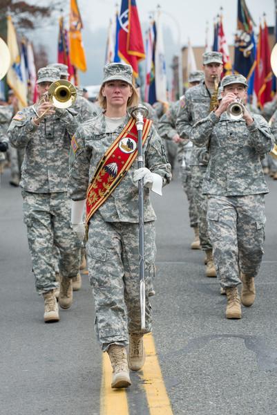 131109-Auburn_VDay_Parade_2013-50