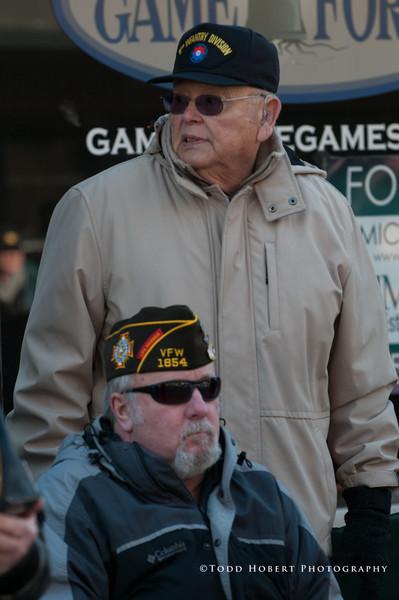 121110-Auburn Veterans Day Parade-113
