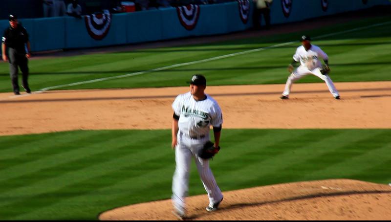 Florida Marlins vs Washington Nationals April 6, 2009 HD Video -  (11)